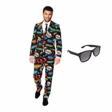 Heren verkleedkleding met comic print maat 52 (xl) met gratis zonnebr