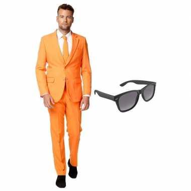 Oranje heren verkleedkleding maat 56 (xxxl) met gratis zonnebril