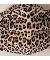 1x mondkapjes met panterprint bruin van stof herbruikbaar